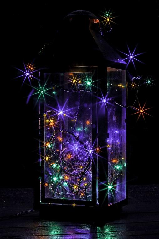 Joulukuu: Valotähdet, Anne Jaatinen, Karttula